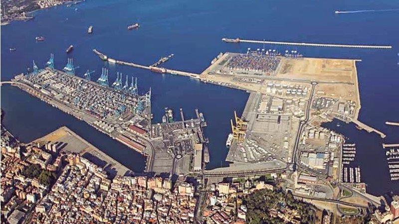 Ecodragas han cursado una nueva denuncia ante los tribunales dentro de su periplo para tratar de cobrar unos trabajos ejecutados en el año 2012 en el Puerto de Algeciras