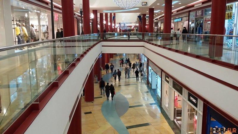 Comienzan las rebajas en el Centro Comercial Puerta Europa