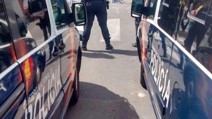 Detenido por intentar atropellar a varias personas que - Policia nacional algeciras ...