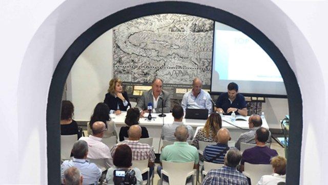 Presentado El Libro Toponimia E Historia De La Costa De Algeciras